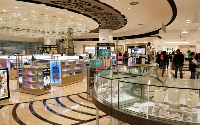 Desabasto de gasolina pega a centros comerciales de la CDMX - Centro Comercial. Foto de archivo.