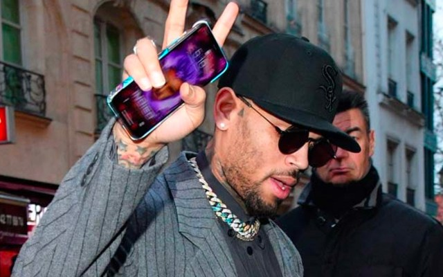 Mujer mantiene acusación contra Chris Brown por violación - Foto de Internet