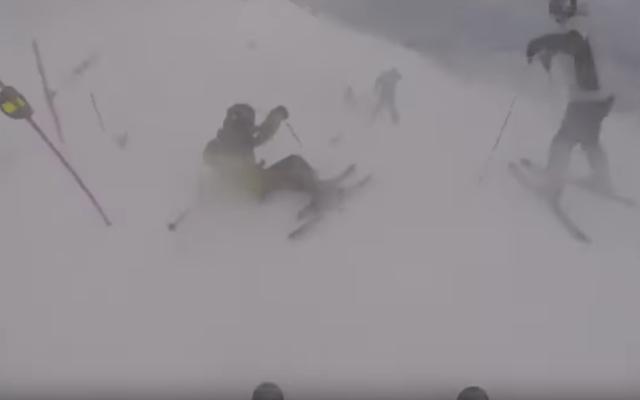#Video Esquiadores quedan atrapados en tormenta de nieve en Utah