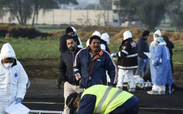 Harán pruebas genéticas para identificar a víctimas en Tlahuelilpan - Foto de Alfredo ESTRELLA / AFP
