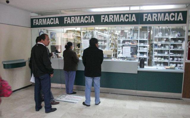 Alertan por posible desabasto de medicinas por rezagos en autorizaciones de Cofepris - Foto de Indice7