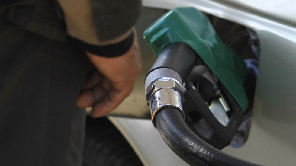 Locatel atendió más de 6 mil llamadas en un día sobre gasolineras - Foto de Notimex