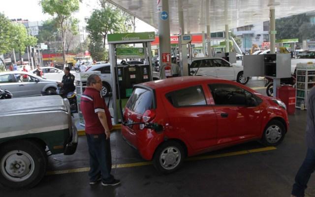 Pemex y Canacar acuerdan estrategia para agilizar abasto de combustible - Foto de Notimex