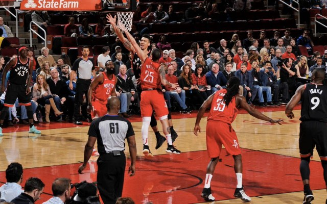 Harden y los Rockets superan a los Raptors - Foto de @Raptors