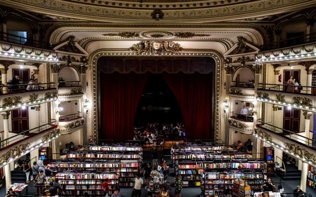 Librería 'El Ateneo Gran Splendid' de Buenos Aires es elegida como la más bella del mundo - Foto de AFP