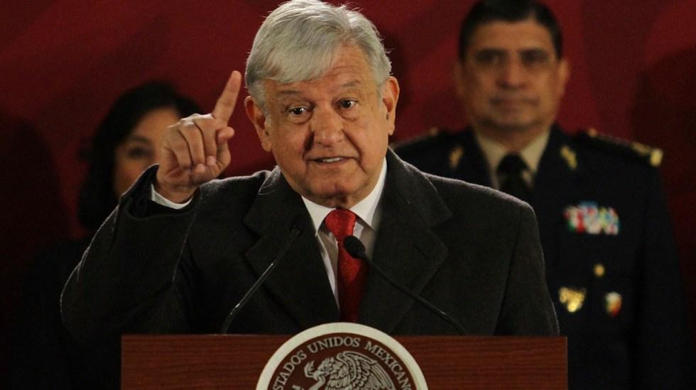 No nos vamos a afligir en la lucha contra robo de combustible: AMLO - Andrés Manuel López Obrador en la conferencia matutina. Foto de Notimex.