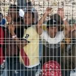 Más de dos mil miembros de caravana migrante han tramitado su ingreso legal: León Romero - Foto de AFP