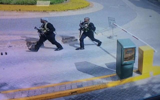 Ataque islamista en complejo hotelero en Nairobi deja al menos 15 muertos - Foto de @JarekKociszewsk