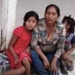 Encadenan a padres que se oponían a cierre de escuela primaria bilingüe en Michoacán - Foto de Quadratín