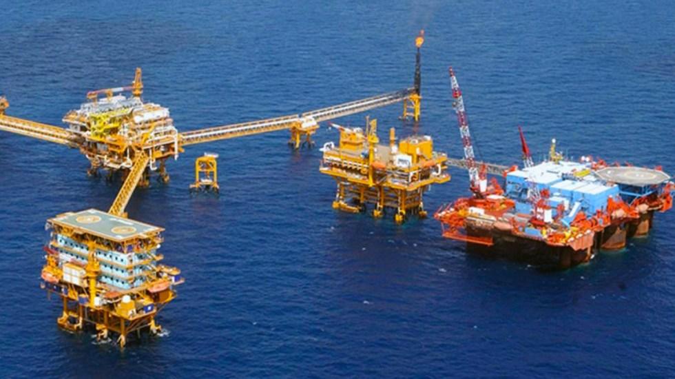 Hacienda completa contratación de coberturas petroleras a 55 dpb - Foto de El Economista