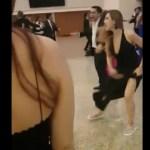 #Video Pelea por centro de mesa en boda