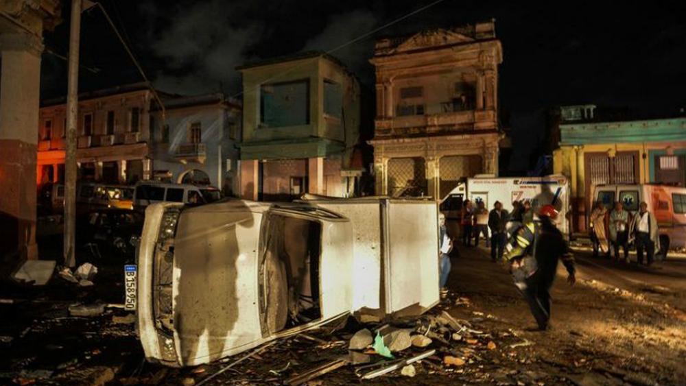 Cuatro muertos en Cuba y barrios devastados tras potente tornado - Foto de AFP
