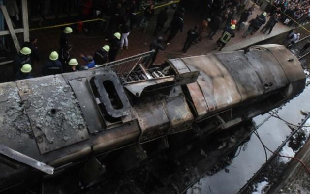 Renuncia ministro de transporte en Egipto tras incendio de tren - Foto de AFP/STRINGER