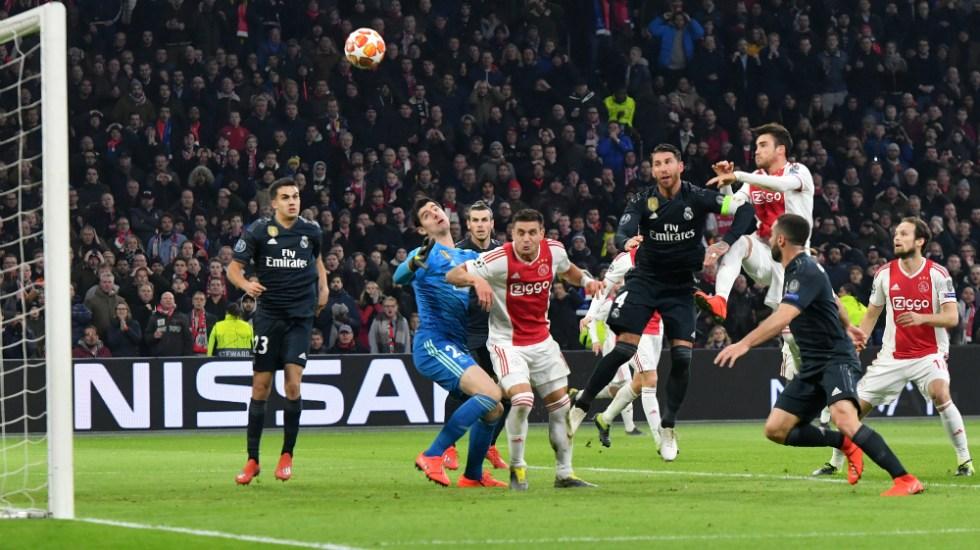 El VAR anula por primera vez un gol en Champions en Ajax-Real Madrid - Foto de AFP