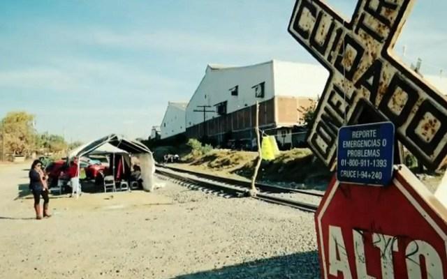 Maestros de la CNTE vuelven a bloquear vías férreas en Lázaro Cárdenas - maestros vuelven a bloquear vías férreas en Michoacán