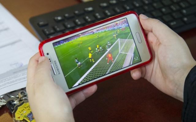 Consumo de internet móvil será mayor al de banda ancha en 2020: PwC - Foto de Notimex
