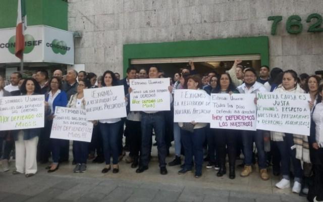 Paro de labores en oficinas de Condusef por reducción de prestaciones - Foto de @pulsomxenlinea