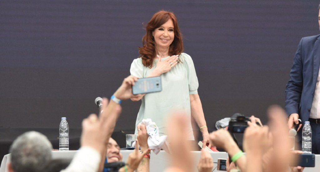 Posponen juicio contra Cristina Fernández por corrupción - Cristina Fdez. Foto de @CFKArgentina