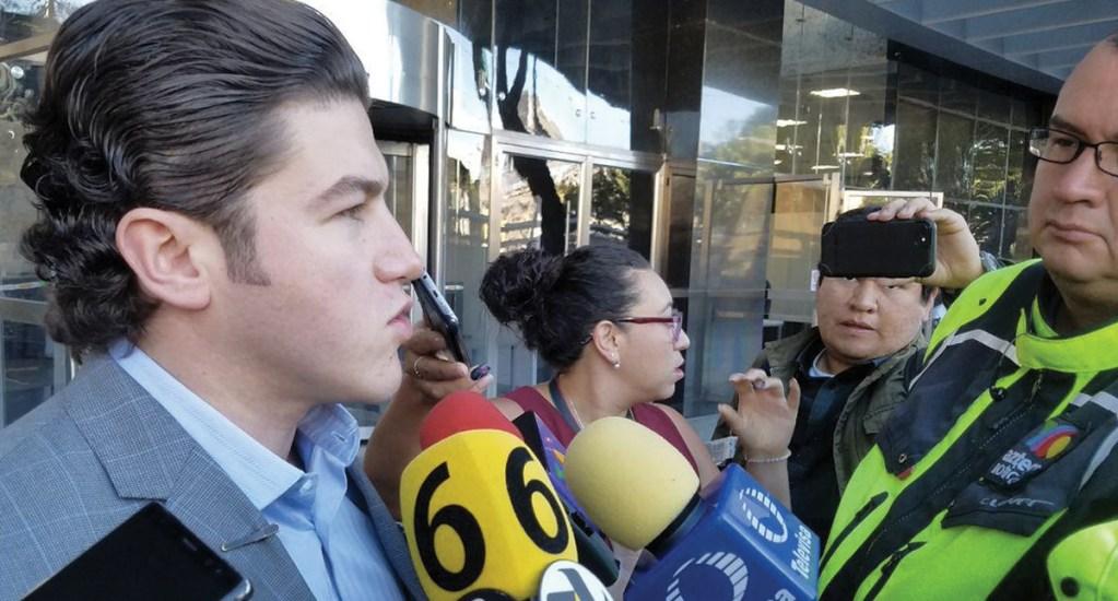 Senadores denuncian en FGR a Romero Deschamps por robo de combustible - Foto de Twitter @MovCiudadanoMX