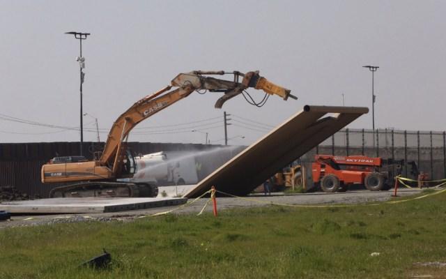 Inicia destrucción de prototipos de muro fronterizo en San Diego - Foto de @blogpalmsprings