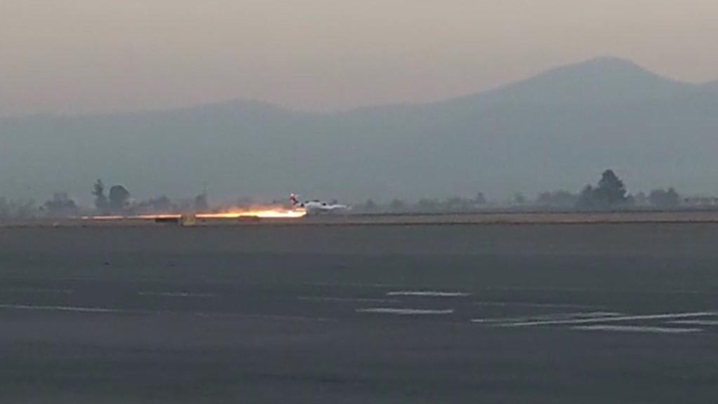 #Video Ambulancia aérea aterriza de emergencia en el AIT - Momento del aterrizaje de emergencia en el AIT. Captura de pantalla
