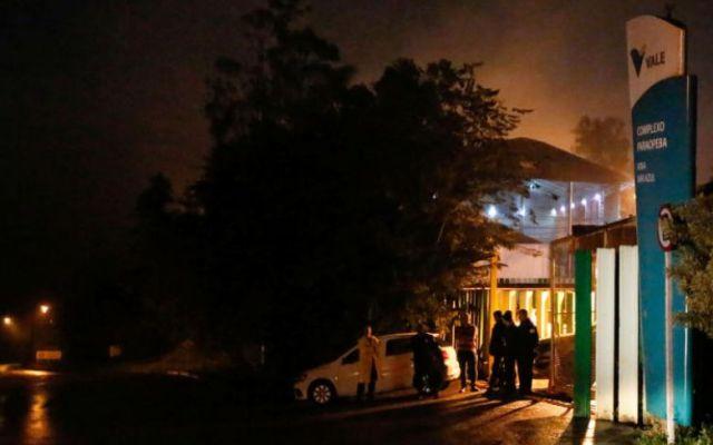 Desalojan a 200 personas en Brasil por posible rotura de represa - evacuación brasil rotura mina
