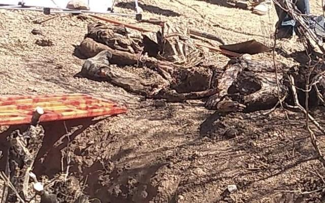 Encuentran dos cuerpos en fosa clandestina de Guerrero - Foto de @l4nd3t4
