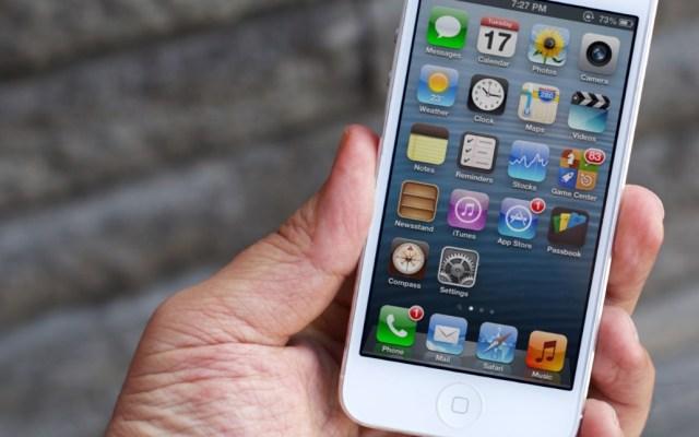 Sujetos enfrentan la cárcel por tratar de comprar un iPhone 5 con billetes falsos - Imagen ilustrativa de un iPhone 5. Foto de iMore