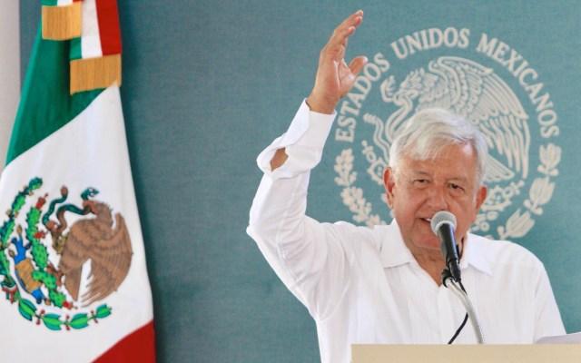#Video AMLO pide a Trump animarse a comprar avión presidencial - López Obrador en gira por Durango. Foto de Notimex