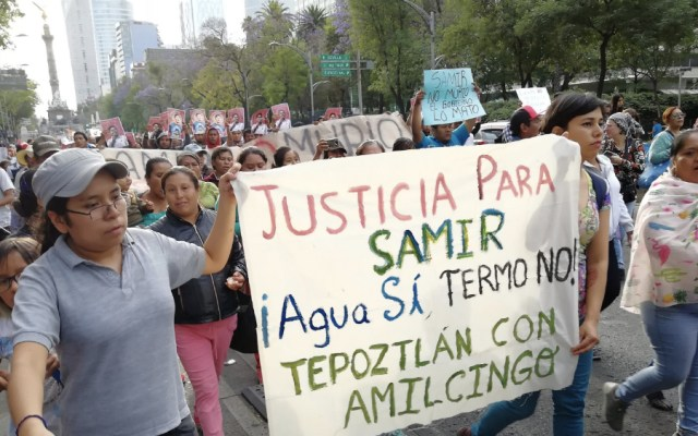 Organizaciones marchan por Paseo de la Reforma en protesta por la termoeléctrica de Huexca así como exigir justicia por el asesinato del activista Samir Flores - Foto de @fauno0902