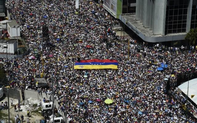 """OEA advierte que """"llevará tiempo"""" realizar nuevas elecciones en Venezuela - Foto de AFP"""