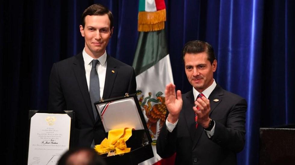 PAN pide revocar condecoración Águila Azteca a yerno de Trump - Foto de Milenio
