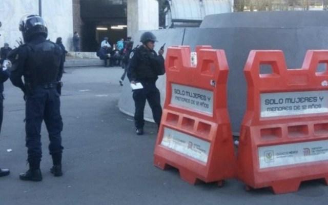 Encuentran cadáver de un hombre afuera del Metro Insurgentes - Foto de @solimar111