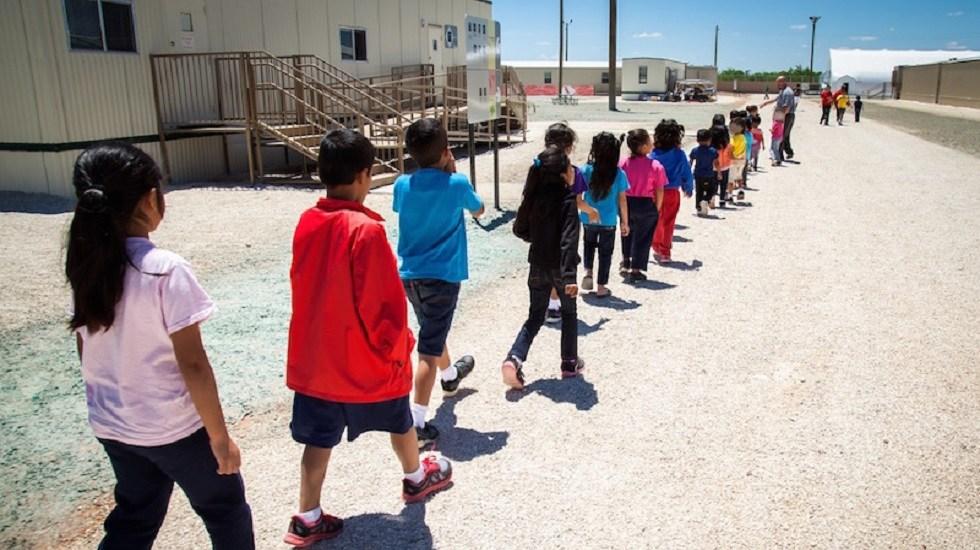 Niños migrantes denuncian agresiones sexuales bajo custodia de EE.UU. - Niños indocumentados en centros de detención especiales de EE.UU. Foto de ICE