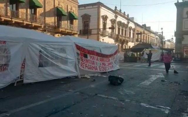 CNTE levanta plantón del centro de Morelia - Foto de Quadratín
