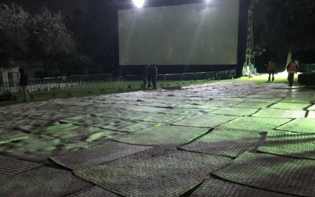"Cineteca Nacional compró 2 mil petates a ""empresa fantasma""; aclara que sí existe - Foto de @alfonsocuaron"