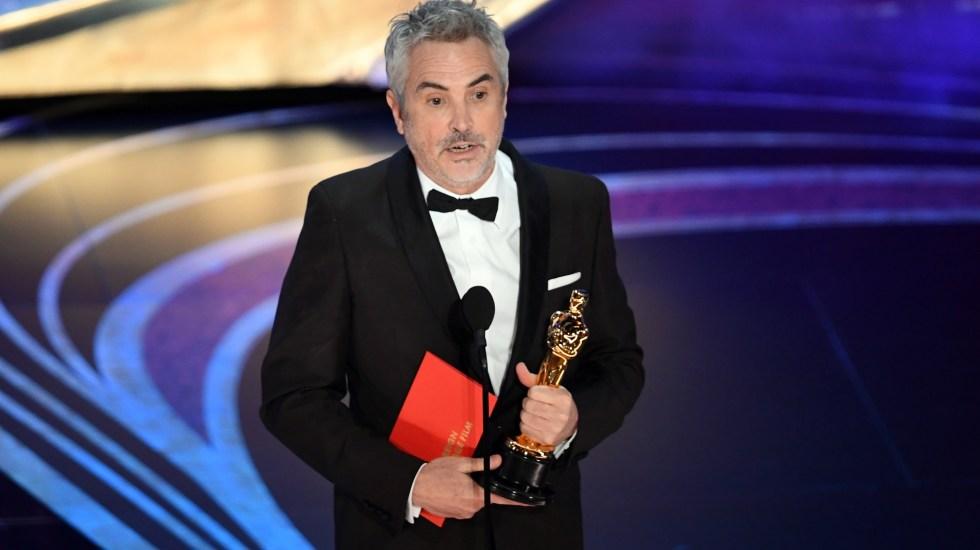 'Roma', Mejor Película Extranjera - Y Cuarón ganó su segundo premio de la noche
