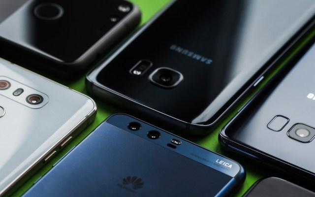 Continúan a la baja ventas mundiales de smartphones - venta smartphones