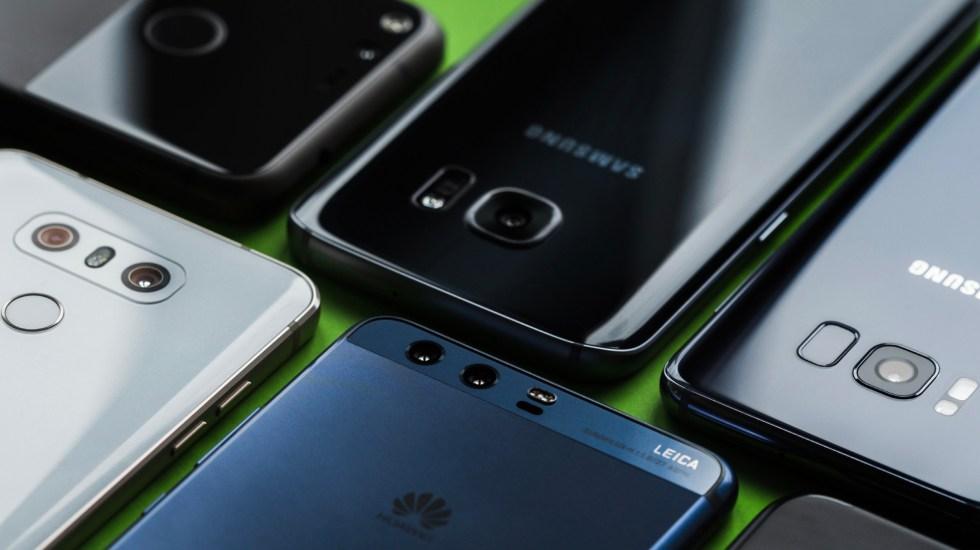 Ventas mundiales de smartphones cayeron 4 por ciento en 2018 - venta smartphones