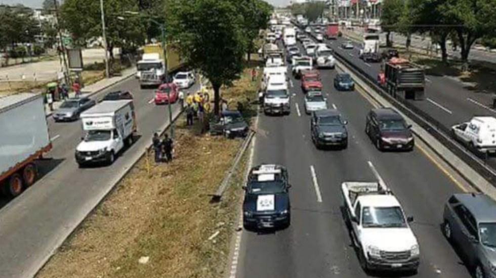 Cierran circulación en la México-Querétaro por accidente; hay dos muertos - Foto de @VisionUrbanaMX