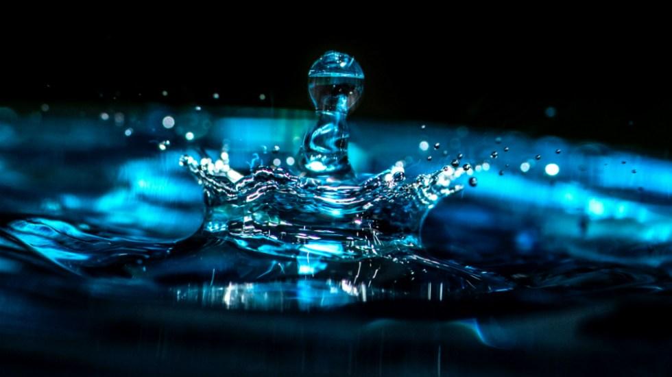 Conagua llama a uso responsable del agua ante situación crítica - Foto de Erda Estremera para Unsplash