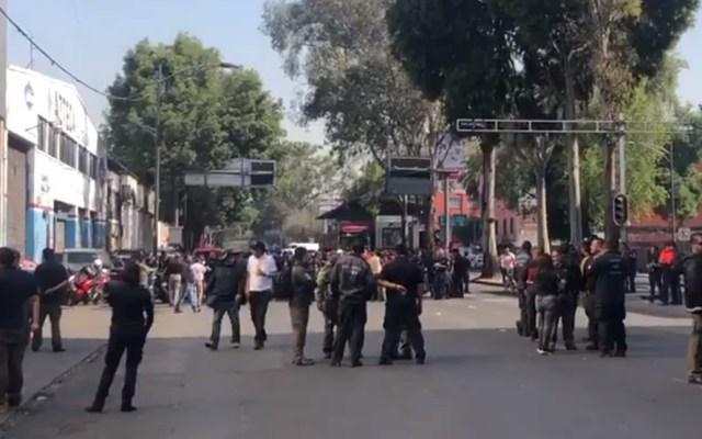 Bomberos bloquean Avenida Insurgentes - Bloqueo en Avenida Insurgentes. Captura de pantalla