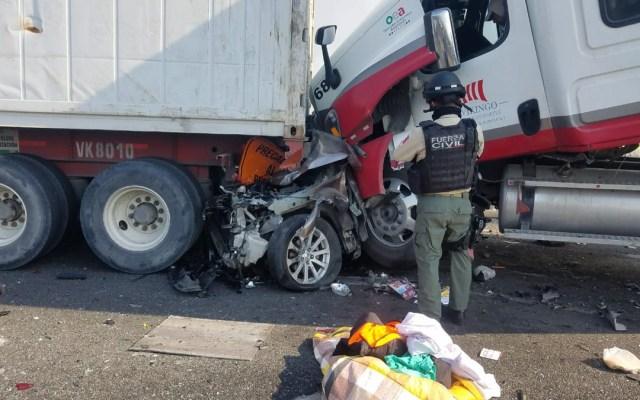 Cinco muertos y 17 lesionados por carambola en Veracruz - cinco muertos por carambola en veracruz