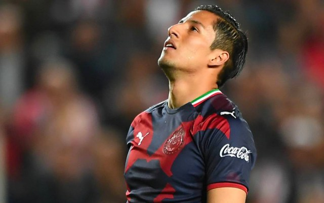 Carlos Cisneros será baja de Chivas de 4 a 6 meses - Foto de Mexsport