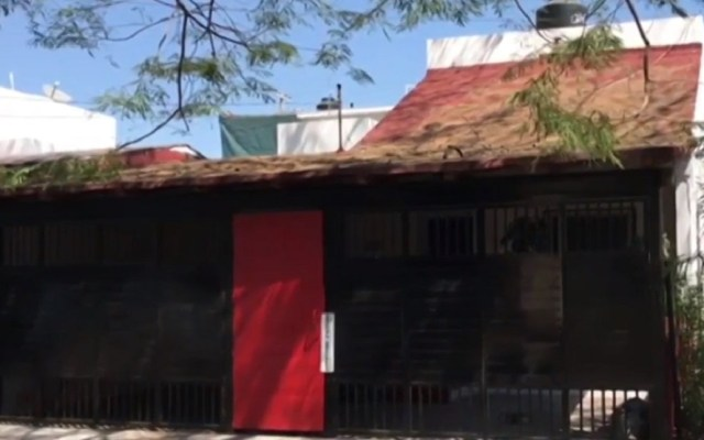 Vecinos niegan asalto en casa de secretario de Turismo de Colima - Casa del secretario de Turismo de Colima. Foto de Noticieros Televisa