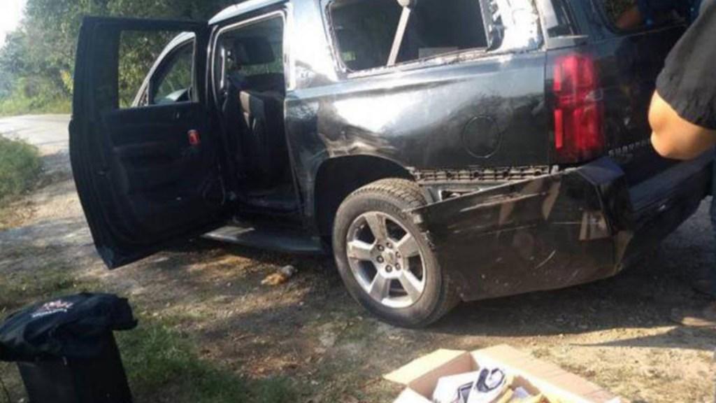 Solo fue un raspón: AMLO sobre accidente de su convoy en SLP - camioneta convoy amlo