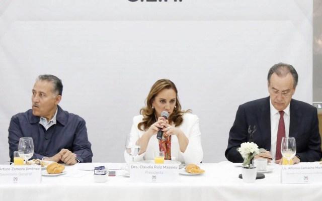 PRI pide a López Obrador detener abucheos a gobernadores - Foto de @ruizmassieu