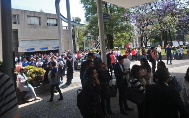 Desalojan edificio en Avenida San Jerónimo por falsa amenaza de bomba - Foto de @contintafuerte