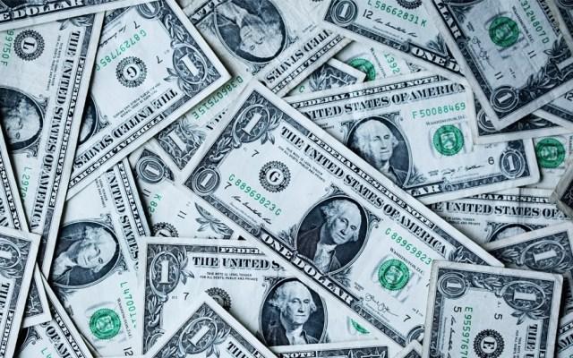 El dólar cierra muy cerca de los 20 pesos - Foto de Sharon McCutcheon para Unsplash