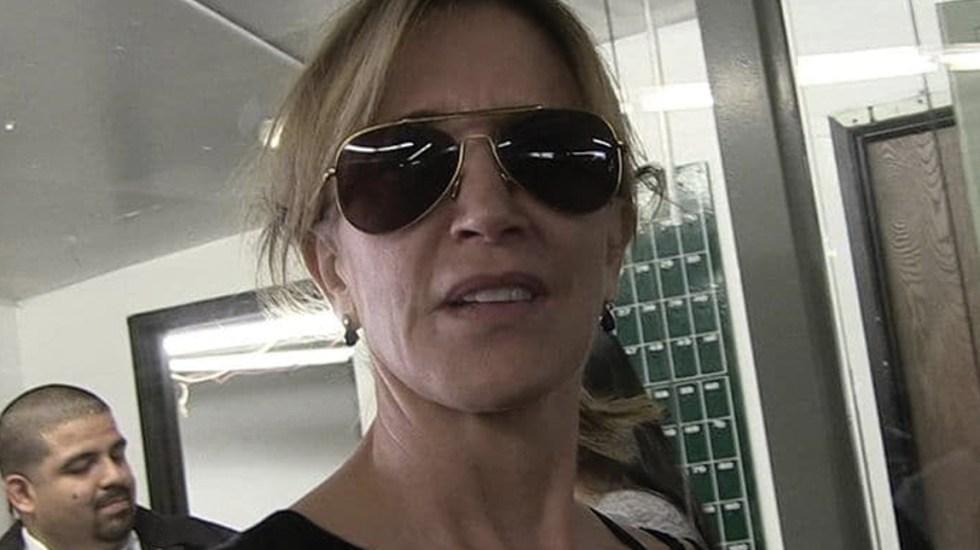 FBI detiene a Felicity Huffman - Foto de TMZ